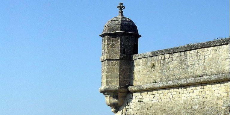 La citadelle prise d'assaut …